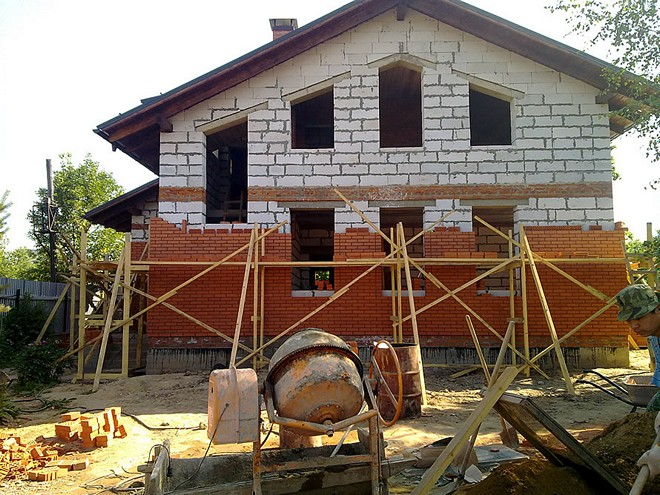 Облицовка дома из газобетона