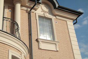 Декор фасада из полимербетона