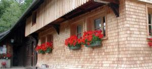 Фасад из пиленного шинделя