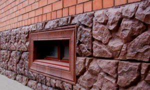 цоколь вровень со стеной