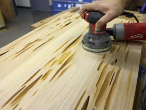 Подготовка дерева к окрашиванию
